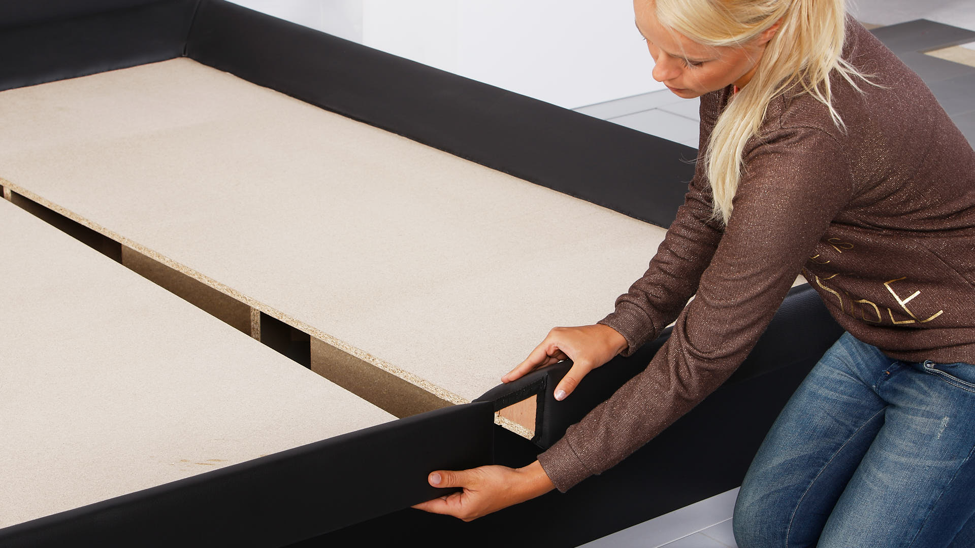 waterbed luxe bodemplaten vastmaken